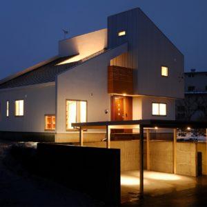牟礼の邸宅